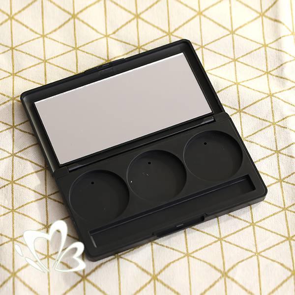 3格黑色彩妝盒